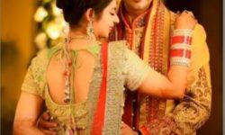 bride and groom poses pakistani