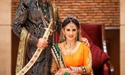 wedding poses for couples tamil nadu